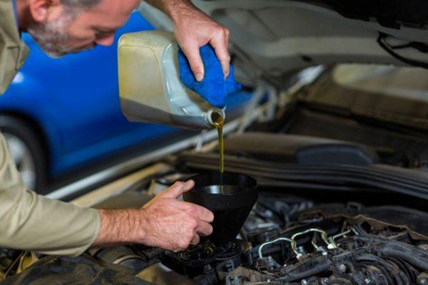 vidange d'huile du véhicule