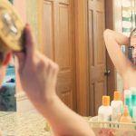 Un miroir améliore la luminosité d'une pièce