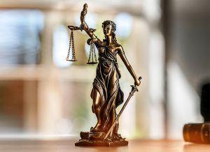 Comment choisir un bon avocat de divorce