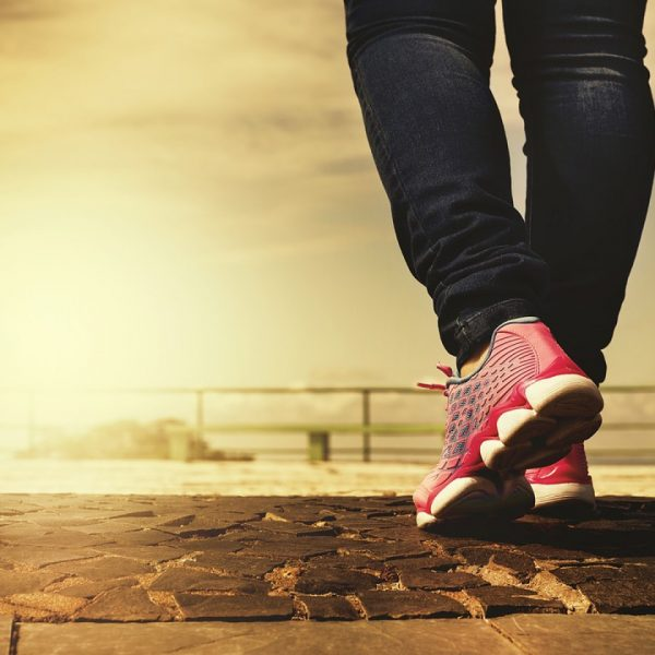 chaussures velcro : d'où vient leur fermeture ?