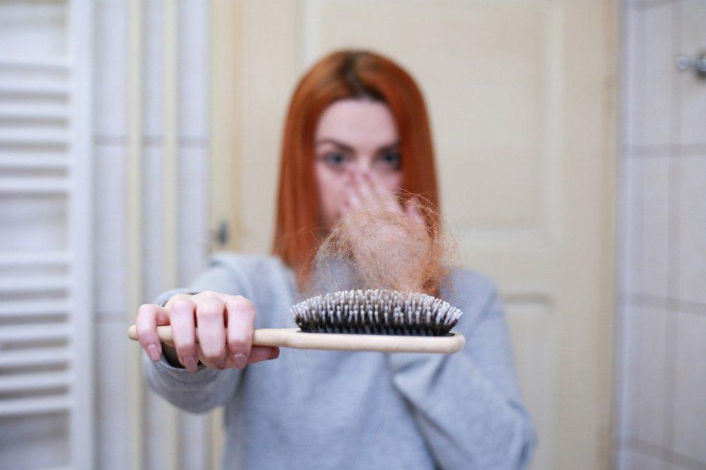 greffage de cheveux: quelle technique choisir?